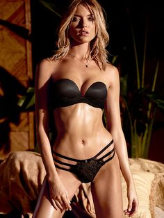 One sexy bra. Five ways to wear it. What's not to love about that? // Victoria's Secret Multi-Way Bra