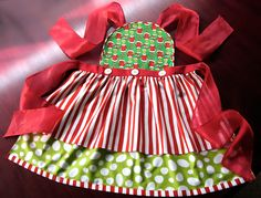 LOVE this apron - you could do it out of any fabric, darling style (free pattern & tutorial)