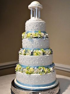 An elegant UNC wedding cake