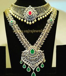 Diamond Choker and Haram - Indian Jewellery Designs Diamond Choker, Diamond Jewelry, Gold Jewelry, Diamond Necklaces, Jewlery, Long Pearl Necklaces, Jewelry Model, Gold Jewellery Design, Indian Jewelry