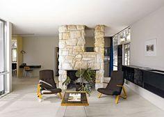 Flisen er kalibrert og du har mulighet å kombinere ulike formater sammen i… Decor, Interior And Exterior, Tiles, Flooring, Stone Design, Italian Home, Home Decor, Wall And Floor Tiles, Stoneware Tile