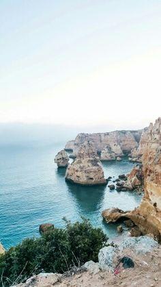 Praia da Marinha em Carvoeiro, Faro