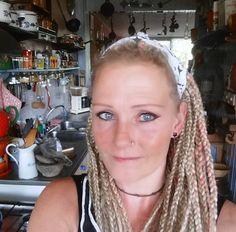 (2) Hannie van Scherpenzeel