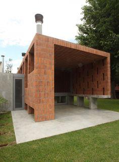 Courtesy of  film-obras de arquitectura