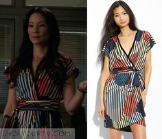 Joan Watson (Lucy Liu) wears this striped abstract print dress in this week's episode of Elementary. It is the Diane von Furstenberg [...]