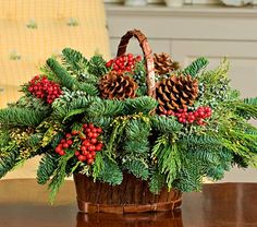 Canella Berry Table Basket - White Flower Farm