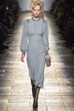 Bottega Veneta Fall 2017 Ready-to-Wear Fashion Show - Jessie Bloemendaal