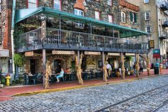 Sights and Spirits in Historic Savannah: it's resort season, and my favorite destination for some sunshine and change of scenery is Savannah, Georgia. Visit Savannah, Savannah Georgia, Savannah Chat, Georgia Usa, Ga Usa, Vacation Trips, Vacation Spots, Vacations, Vacation Destinations