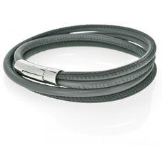 Ein schönes, weiches Nappaleder Armband mit einem Edelstahl Bajonett Verschluss…