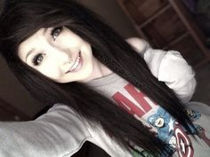 Scene hair ---- i want mine cut like this,,,, not sure if i could pull it off though. ://?