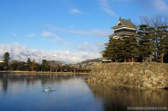 Photo of the week (8/52): Matsumoto Castle  There are quite a few castles in Japan that you have to check out: http://zoomingjapan.com/travel/top-japanese-castles/  Matsumoto Castle in Nagano Prefecture is certainly one of them. Have you been there yet? 😊 #Japan #castles #Nagano