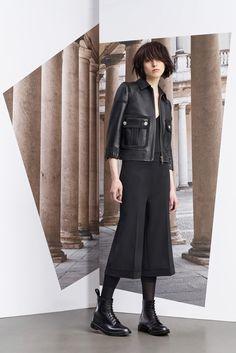 http://www.vogue.com/fashion-shows/pre-fall-2015/neil-barrett/slideshow/collection