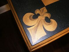 Hand painted fleur de lis on a desk.  Entire transformation on my blog: www.thegirlwithpaintinherhair.blogspot.  com