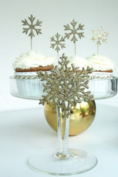 Glitzy Cupcakes for Christmas Wedding or Shower
