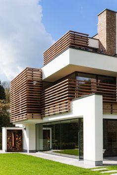 Laat je inspireren door het project: Nieuwbouw in hedendaagse architectuur. Exclusieve foto's en het verhaal.