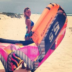 Close Up Of Annabel Van Westerop's Style - KiteSista Kitesurfing, Standup Paddle Board, Sup Surf, Water Photography, Big Challenge, Surf Girls, Wakeboarding, Paddle Boarding, Athlete