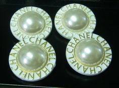 ButtonArtMuseum.com - 4 White Gold Chanel Buttons Simulated Pearl Center 1 1 8 inch Big Buttons