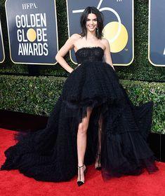 ¿Qué quiere decirnos Kendall Jenner con la elección de este vestido?