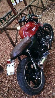 Motorcycle Tips & Ideas Kawasaki Cafe Racer, Cb750 Cafe Racer, Suzuki Cafe Racer, Cafe Racer Bikes, Cafe Racer Build, Motorcycle Tips, Scrambler Motorcycle, Motos Retro, Honda Cb 500