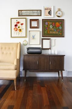 LOVE the incorporation of a clock in the gallery wall! I need to do this for the living room art