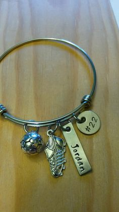 Charm Bracelet - Soccer Mom by VIDA VIDA gatHJc8
