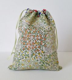 Reversible Drawstring Bag Tutorial by Mad For Fabric