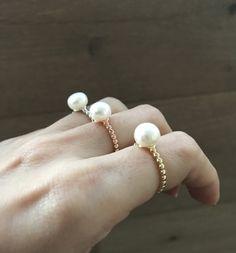 Oro rosa anello  bianco perla perla anello  di Belesas su Etsy