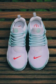 Website For Nike shoes outlet! Super Cheap! Only $21.9 now,special price last 7 days,get it immediatly!