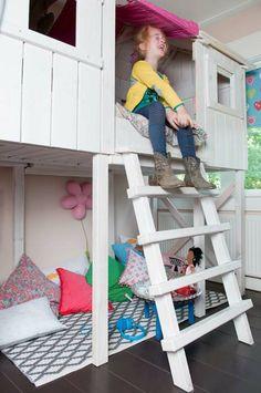 KARWEI | Het boomhutbed van Maron biedt veel speelruimte én plezier voor kinderen #binnenkijker  #ideevankarwei  #karwei