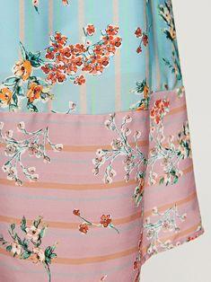 Nakupujte online! LADIES` DRESS, RESERVED, TU756-MLC