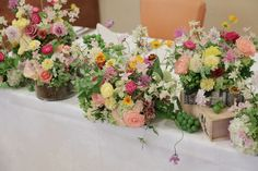 先日のルヴェソンヴェール駒場さまへのウェディング装花です。 翌日に、花嫁様よりお写真やメールをいただきました。 これから新婚旅行に出か...