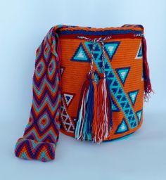 WAYUU shoulder HOBO BEACH bag (mochila) +Friendship Bracelet