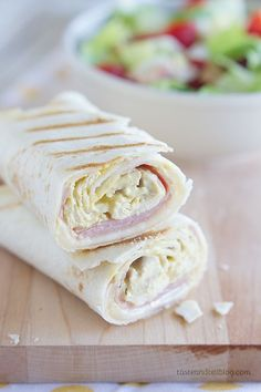 Grilled Chicken Cordon Bleu Wraps - Look no further for an easy lunch idea or recipe for a quick dinner - these easy wraps come together in minutes and are filled with Swiss cheese, ham and shredded chicken that is coated in an easy honey mustard sauce. Quesadillas, Sliders, Chicken Cordon Bleu, Soup And Sandwich, Sandwich Recipes, Wrap Sandwiches, C'est Bon, Soup And Salad, Grilled Chicken