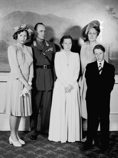 carolathhabsburg:  Princess Ragnhild of Norway´s confirmation. 1940s-l-r Princess Astrid, Crown Prince Olav (later King Olav), Princess Rangnhild, Crown Princess Märtha, Prince Harald (the current King)