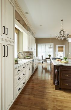 This Kitchen Is Perfect For Entertaining There Plenty Of Countertop And Cabinet Space
