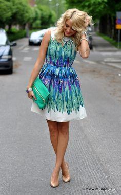 Dorothy Perkins dress. adore this.