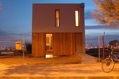 Spain's First Certified Passive House Cuts Energy Use by Building Facade, Green Building, Building A House, Sustainable Architecture, Sustainable Design, Architecture Design, Passive House Design, Homemade Generator, House Information