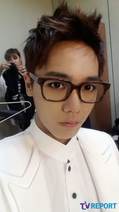 Mir of MBLAQ - reminds me of Lee Hongki from FT Island in this pic
