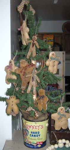 My gingerbread man tree.