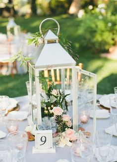 10 Unbelievably Creative Wedding Centerpiece Ideas: #8. Vintage Lanterns