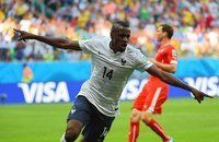 FIFA World Cup 2014  - Francia 5 Suiza 2 (6.20.2014) France's midfielder Blaise Matuidi celebrates after scoring during a Group E football match between Switzerland and France at the Fonte Nova Arena in Salvador during the 2014 FIFA World Cup on June 20, 2014. ANNE-CHRISTINE POUJOULAT / A