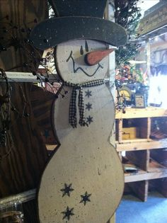 1000 images about wooden snowmen on pinterest wooden snowmen snowman and painted snowman - How to make a snowman out of wood planks ...