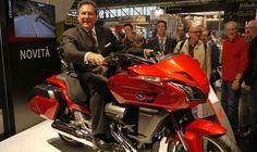 Vito Cicchetti è il nuovo General Manager – Honda Motor Europe nel Regno Unito http://www.italiaonroad.it/2015/01/30/vito-cicchetti-e-il-nuovo-general-manager-honda-motor-europe-nel-regno-unito/