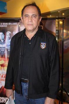 """Jalan Kembali"" Premiere. Producer Dato' Yusof Haslam."