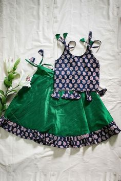 Girls Frock Design, Baby Dress Design, Kids Frocks Design, Baby Frocks Designs, Kids Party Wear Dresses, Kids Dress Wear, Dresses Kids Girl, Baby Dresses, Baby Outfits