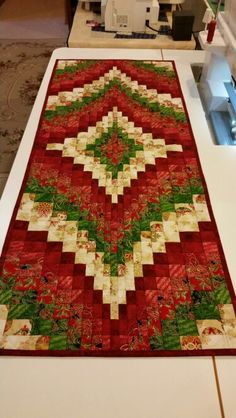Christmas Bargelo runner, quilt-in-the-ditch and ruler Xmas Table Runners, Quilted Table Runners Christmas, Christmas Patchwork, Patchwork Table Runner, Christmas Quilt Patterns, Christmas Runner, Table Runner And Placemats, Table Runner Pattern, Christmas Fabric