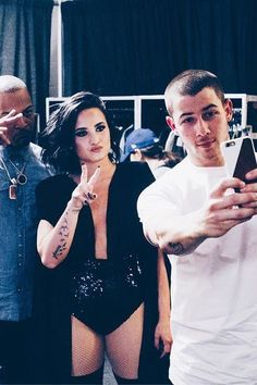 Demi Lovato and Nick Jonas's Tour Looks Amazing | Teen Vogue