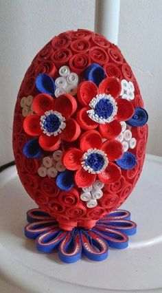 Arts and Crafts For Kids 3d Quilling, Quilling Paper Craft, Quilling Patterns, Quilling Designs, Easter Projects, Easter Crafts, Diy And Crafts, Crafts For Kids, Arts And Crafts