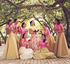 To make your bridesmaid dress search simple, I have listed down some tips that you can keep in mind while selecting your Indian bridesmaids dress along with a lot of pictures to choose from! Indian Wedding Bridesmaids, Indian Bridesmaid Dresses, Bridesmaid Poses, Bridesmaid Saree, Bridesmaid Outfit, Desi Wedding, Brides And Bridesmaids, Wedding Parties, Bridesmaid Colours