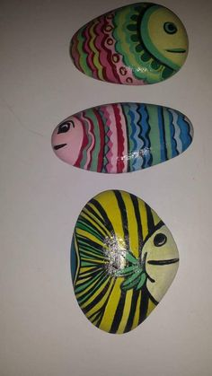 Pesci -Painted Stones di Rosaria Gagliardi